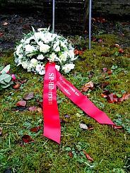 Krans herdenking Februaristaking  van SP Hilversum